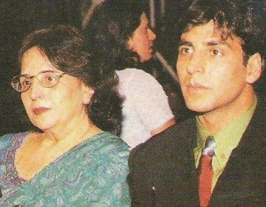 Akshay Kumar family photos