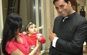 Akshay Kumar family photos  daughter