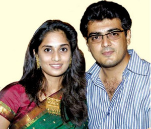 Ajith Kumar family photos wife Shalini