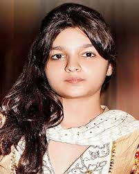Alia Bhatt childhood pictures 1