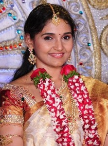Allari Naresh sister in law  Subhashini