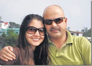 Anushka Sharma family photos father Ajay Kumar Sharma