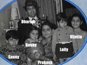 Bobby Deol family photos sisters  Vijeyta and Ajita