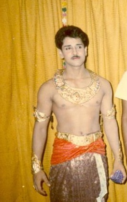Chiyaan Vikram Family Childhood Photos Celebrity Family Wiki