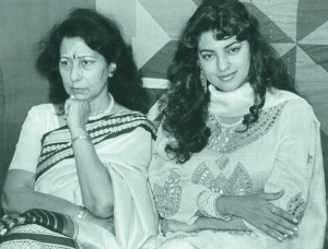 Juhi Chawla family photos parents mother Mona  Chawla