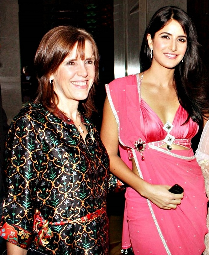 Katrina Kaif family photos | Celebrity family wiki