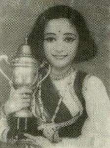 Madhuri Dixit childhood pictures 1