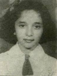 Madhuri Dixit childhood pictures 2