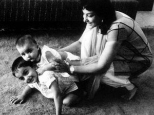 Sanjay Dutt childhood pictures 5