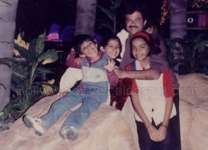 Sonam Kapoor childhood pictures 10