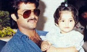 Sonam Kapoor childhood pictures 11