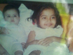 Sonam Kapoor childhood pictures 4