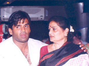 Suniel Shetty Mother