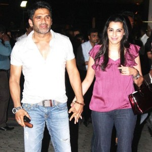 Suniel Shetty family photos wife Mana Shetty