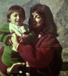 Yami Gautam and mother