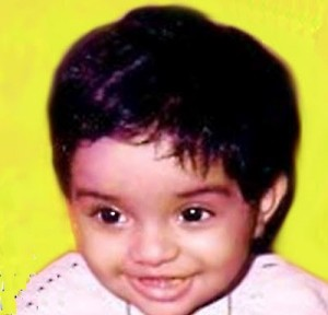 asin thottumkal childhood photos 10