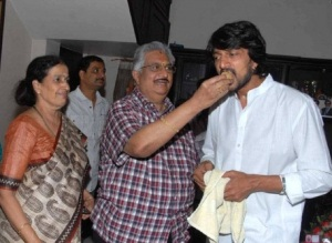 Kannada actor Sudeep parents