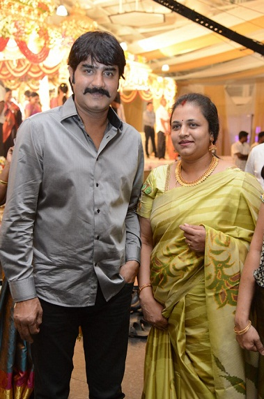 Meka srikanth family photos celebrity family wiki srikanth wife sivaranjani thecheapjerseys Image collections