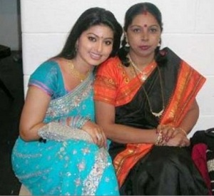 Actress Sneha Parents mother Padmavathy Rajaram
