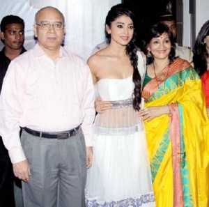 Shriya Saran parents father Pushpendra Saran and mother Neeraja Saran