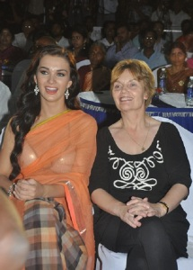 Amy Jackson parents mother Marguerita Jackson