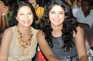 Deeksha Seth parents mother