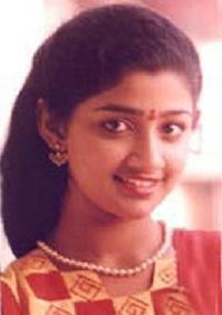 Divya Unni old days pictures 1