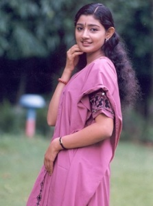 Divya Unni old days pictures 4