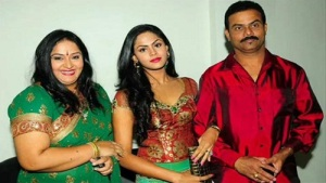 Karthika Nair parents father Rajasekaran Nair