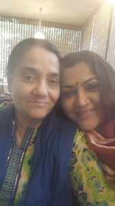 Khushboo Sundar parents mother Najma Khan