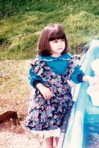 Kriti Kharbanda Childhood pictures 2
