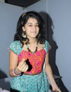 Taapsee Pannu Childhood pictures 16