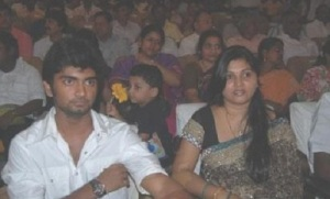 Tamil actor Atharva parents mother Shobha
