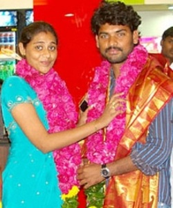Tamil actor Vimal Wedding photos 1