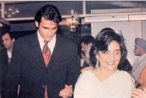 Akshaye Khanna Parents mother Geetanjali Taleyarkhan