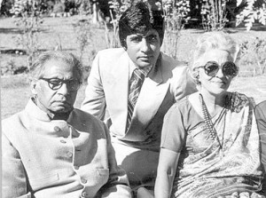Amitabh Bachchan Parents father Harivansh Rai Bachchan & mother Teji Bachchan