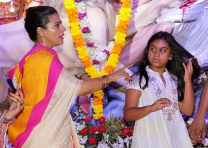 Tanisha Mukherjee elder sister Kajol's children daughter Nysa