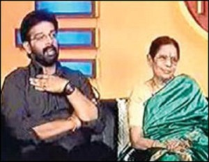 J. D. Chakravarthy Parents mother Dr. Santha