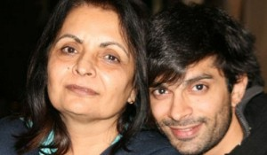 Karan Singh Grover Parents mother Deepa Singh