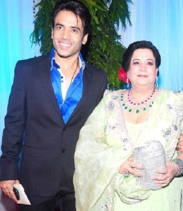 Tusshar Kapoor Parents mother Shobha Kapoor