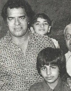 Vindu Dara Singh Childhood pictures 1