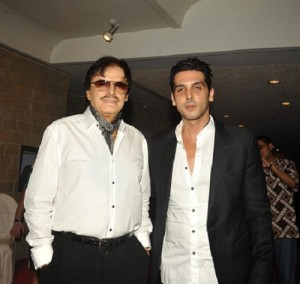 Zayed Khan Parents father Sanjay Khan