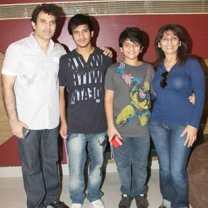 Archana Puran Singh children son Aaryamann and son Ayushmaan