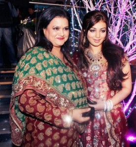 Ayesha-Takia-Parents-mother-Faridah