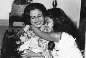 Kajol Devgan Childhood pictures 4
