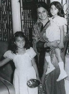 Kajol Devgan Childhood pictures 8