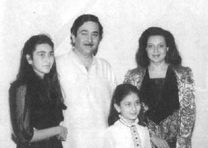 Karisma Kapoor Childhood pictures 1
