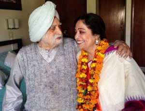 Kirron Kher Parents father Thakhar Singh Sandhu
