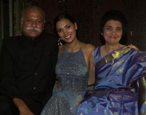 Lara Dutta Parents father L.K. Dutta and mother Jennifer Dutta