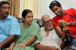Ravichandran Ashwin Parents father Ravichandran & mother Chitra